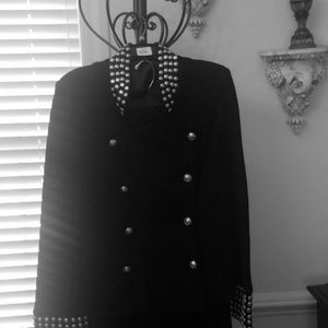 Knit suit with silver buttons